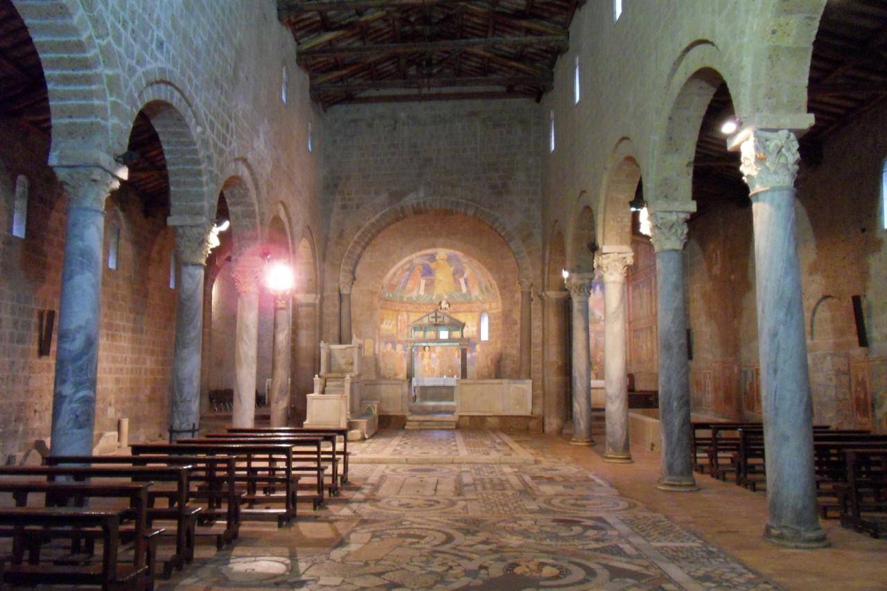 Matrimoni Bassano Romano : Villa per matrimoni con chiesa privata roma viterbo
